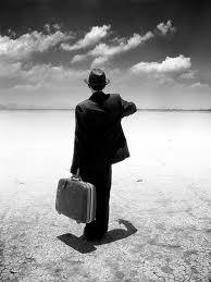 Commesso_viaggiatore_nel_deserto